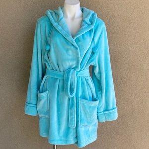 Mint Pom Pom Hooded Cozy Plush Bathrobe w Pockets